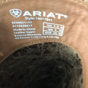 Ariat Shoes - 🤠 Ariat 🤠